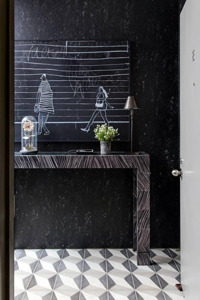 Entrance Hall Mural - Calm Brooklyn Apartment