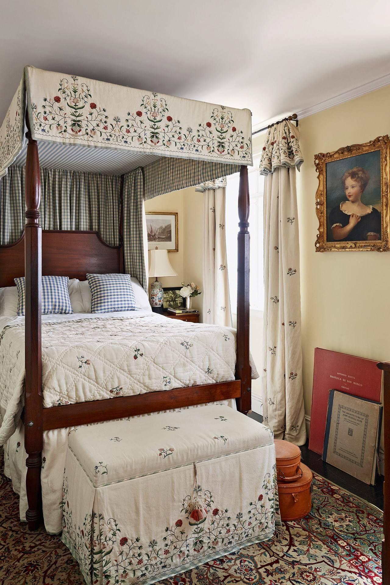 Curtain Idea Mark Gillette Small Bedroom Design Ideas House Garden