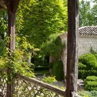 Outdoor Shaded Area - French Farmhouse