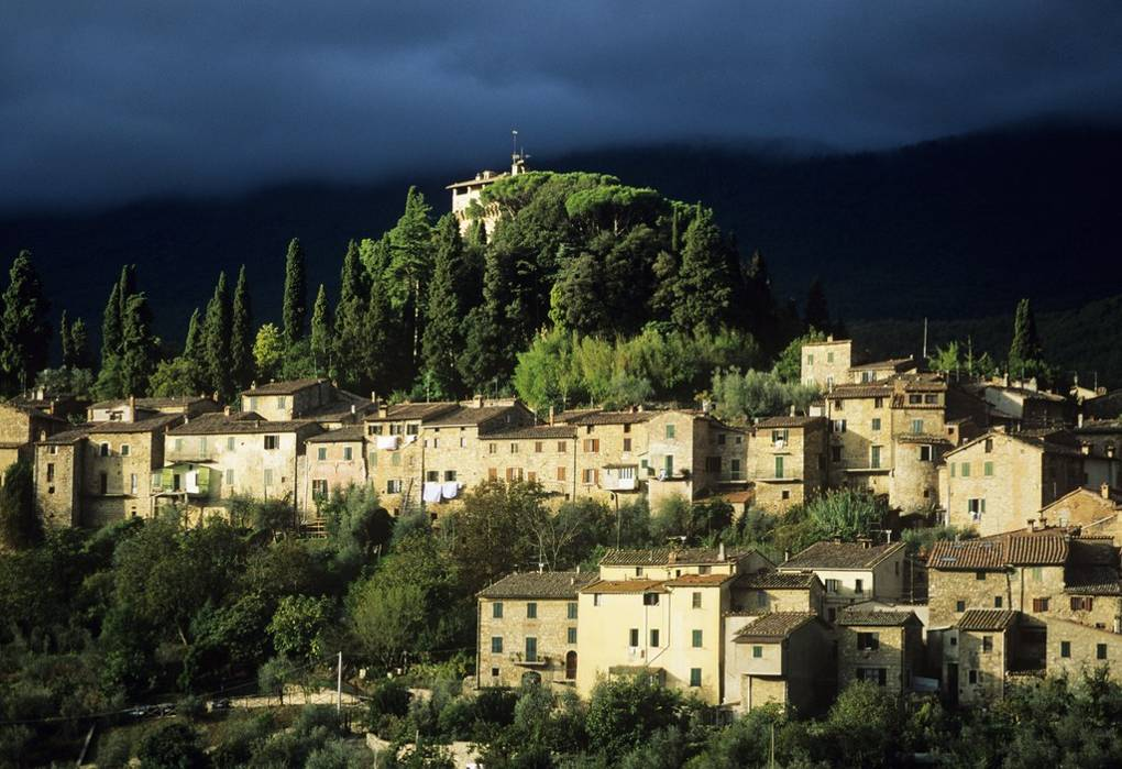 Valentino has put his Tuscan mansion up for sale