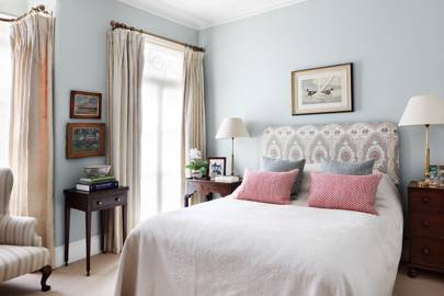 Main Bedroom - Traditional Victorian Town House