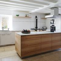 Modern Kitchen with Wooden Units