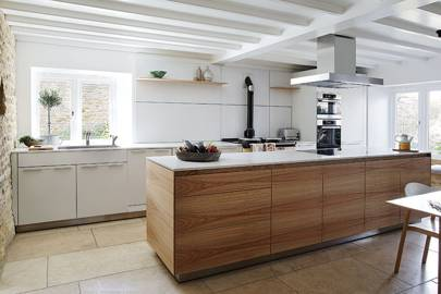 Kitchen Counter - Cotswolds Barn