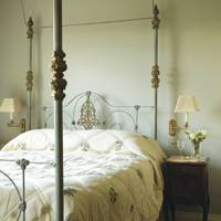 Bath Country House Bedroom - Emma Sims Hilditch