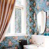 Pineapple Wallpaper in Pink & Blue Bathroom