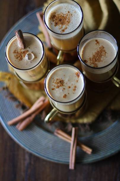 Hot Buttered Rum with Cider | Christmas Alcoholic Drinks
