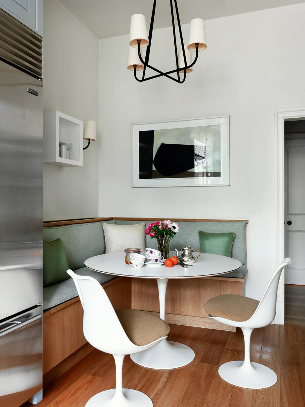 Small Dining Room Ideas Decorating Small Spaces House Garden