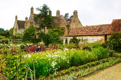 An English Flower Garden
