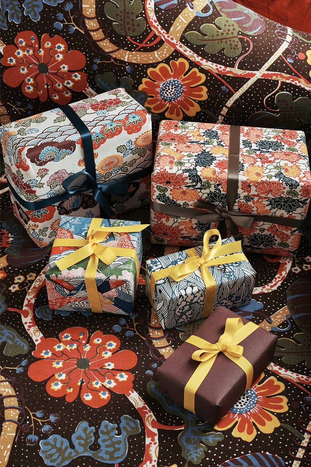 How to wrap a present properly, according to the head of home at Harrods