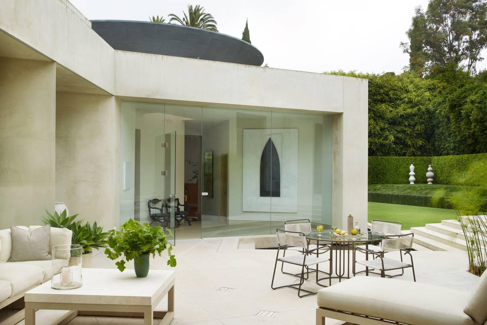 Obama White House Interior Designer Michael S Smiths LA House | House U0026  Garden