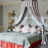 Floral Bedroom with Bed Canopy