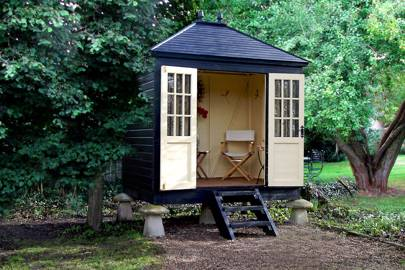 Black Summerhouse with Cream Interior