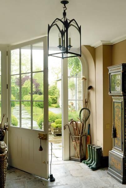 Lantern Hallway | Hallway Design Ideas