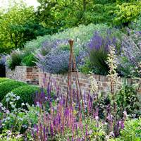 Invest in an Iron Obelisk | Country Garden Design Ideas