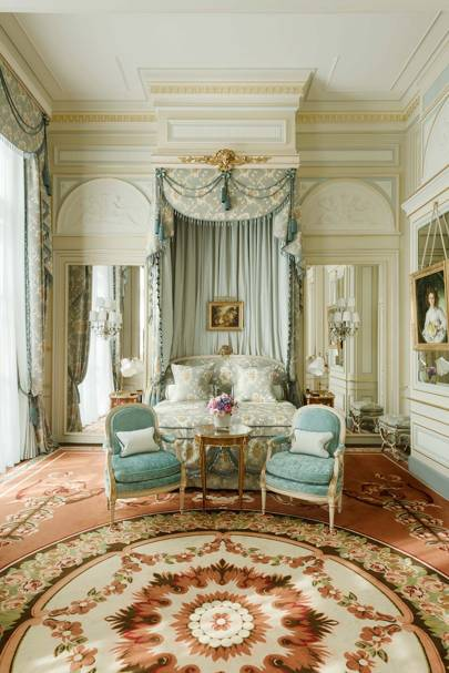 Grandes Dames: The Ritz Paris, page 5