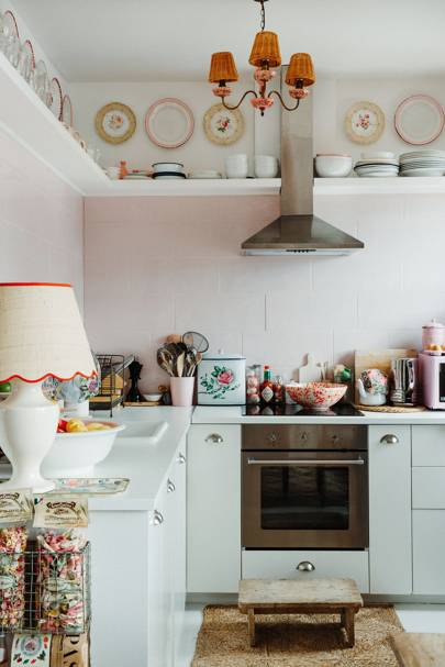 How To Spruce Up A Kitchen House Garden, How To Spruce Up Your Kitchen Cabinets