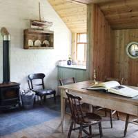 Tiny Cosy Cabin