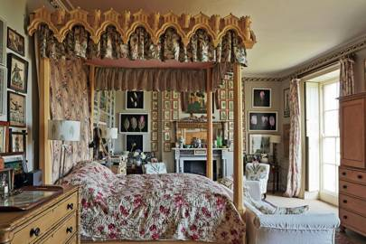 Flamboyant bedroom