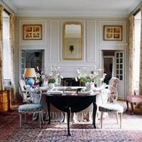 Robert Kime country drawing room