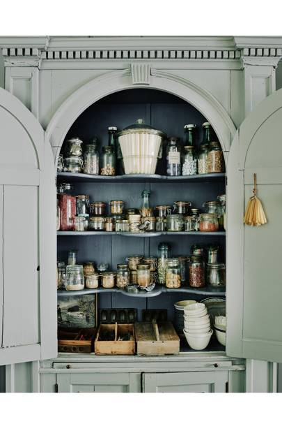 Dining Room Alcove Cupboard - Traditional Bath B&B