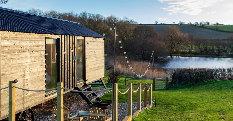 A restorative holiday in a shepherd's hut in Dorset's rolling hills