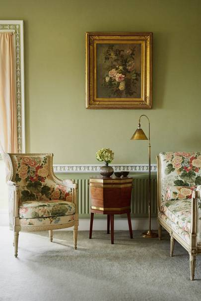 Classic Woodblock Chintz in English Country House