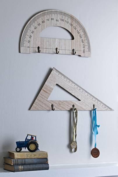 Geometry ruler hooks