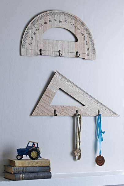 Geometry ruler hooks