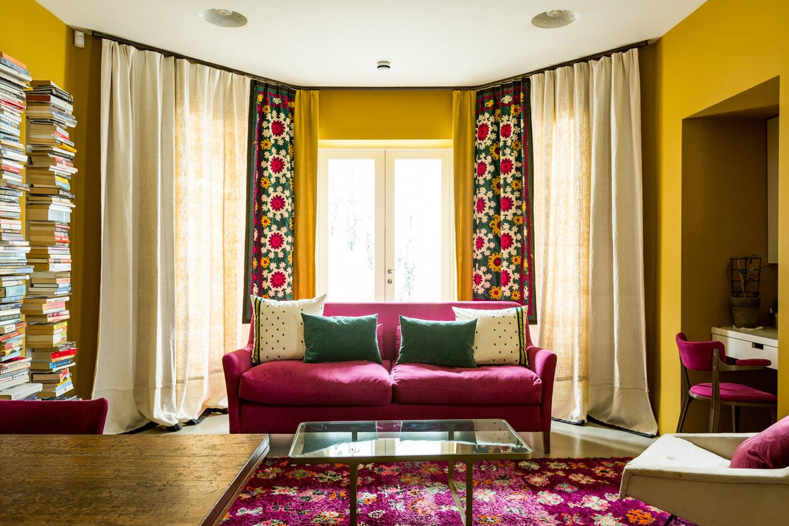 Yellow Paint Ideas - Yellow Living Rooms, Bedrooms, Interiors ...