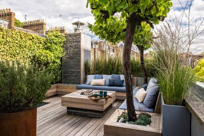 Superb Small Roof Garden With Decking