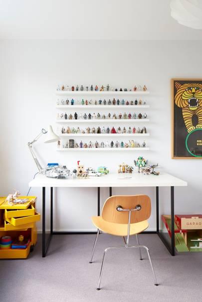 Kid's Desk - Modern Colourful Thirties House