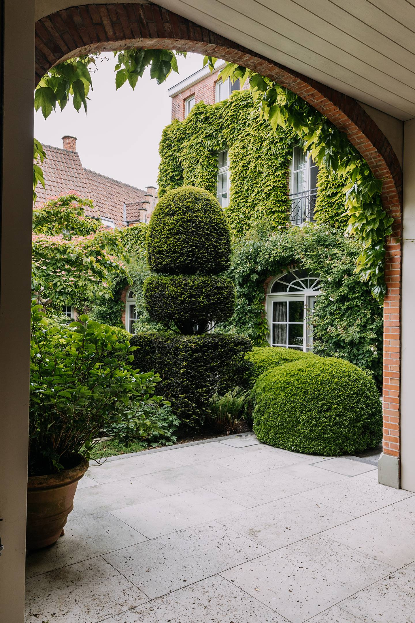 The magnificent garden of a townhouse in Bruges, designed by Piet Blanckaert