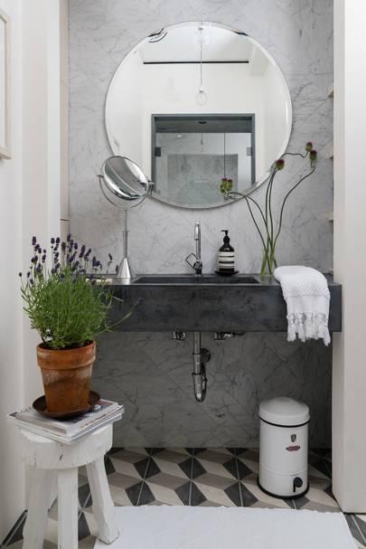 Bathroom Basin - Calm Brooklyn Apartment