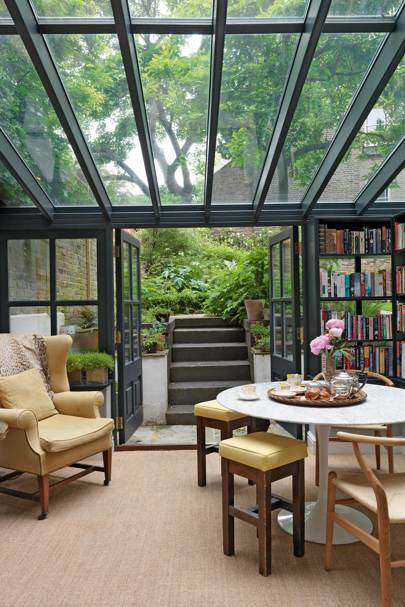 Bridie Hall's Library - City Gardens - Small Space Garden Design
