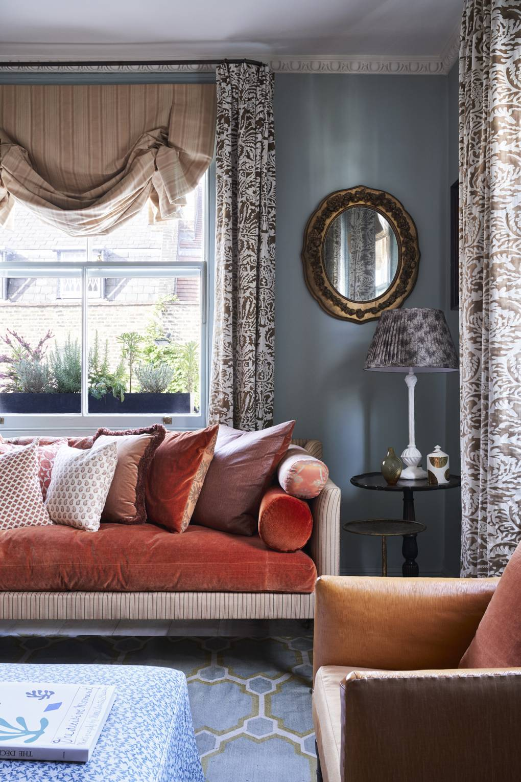 How Tara Craig has made a small space into a magnificent London flat