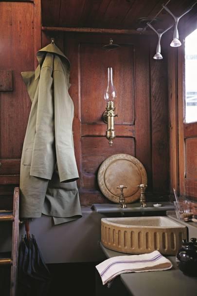 Reclaimed Sink - Katie Fontana Houseboat