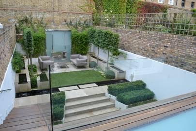 Small garden ideas - image kensington-garden--house-19jun15_pr_b on https://alldesingideas.com
