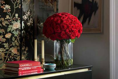 Roses Grand Bunch by FLOWERBX