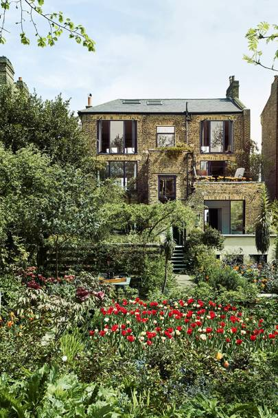 Backyard Wonderland - Charles Rutherfoord London House