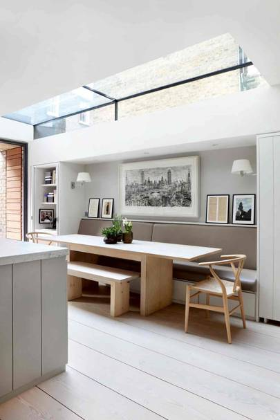 Kitchen Banquette - Bright Modern Family Home