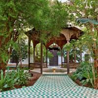 Green White Zigzag Tiled Path & Fountain