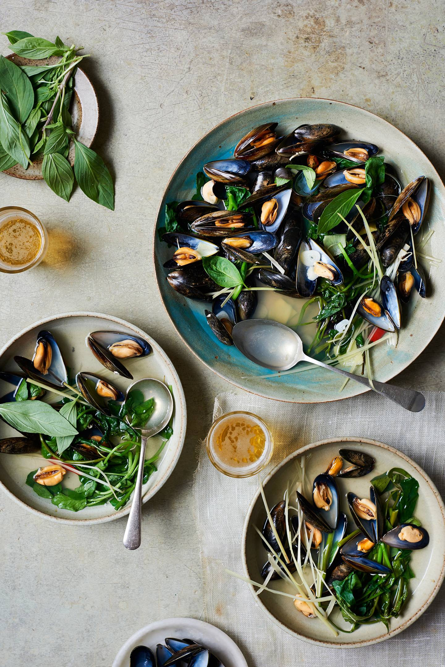 Mussels with lemongrass and ginger