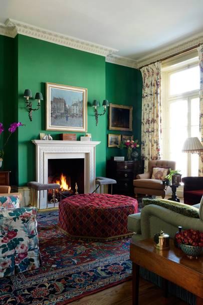 Living Room - English Garden Square House