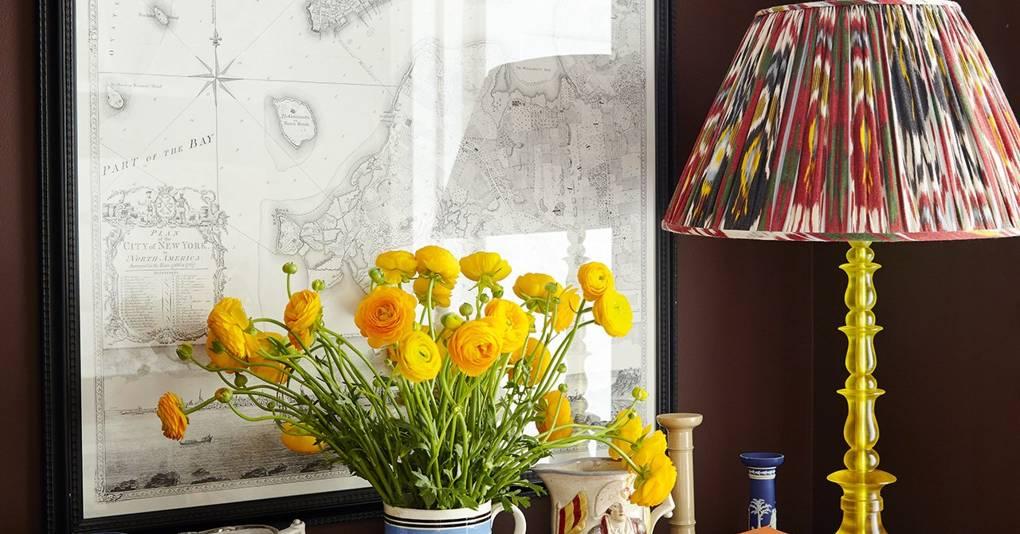How to transform a room with yellow accents