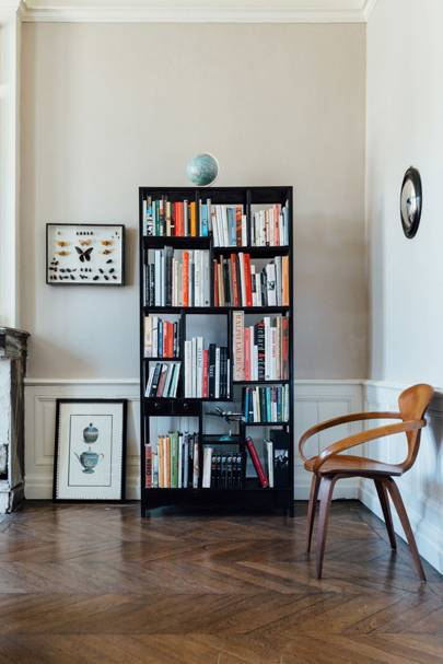Simple Black Freestanding Bookshelf