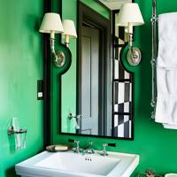 Small Green En Suite Bathroom