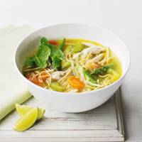 how to make simple chinese chicken noodle soup