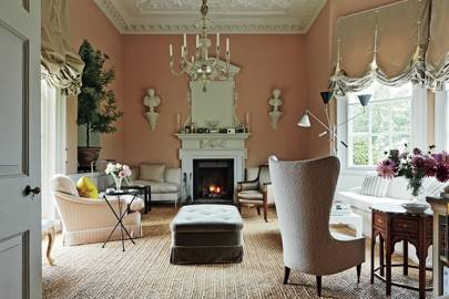 Elegant English sitting room
