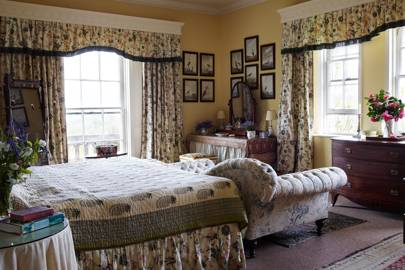 Main Bedroom - Traditional Cornwall House