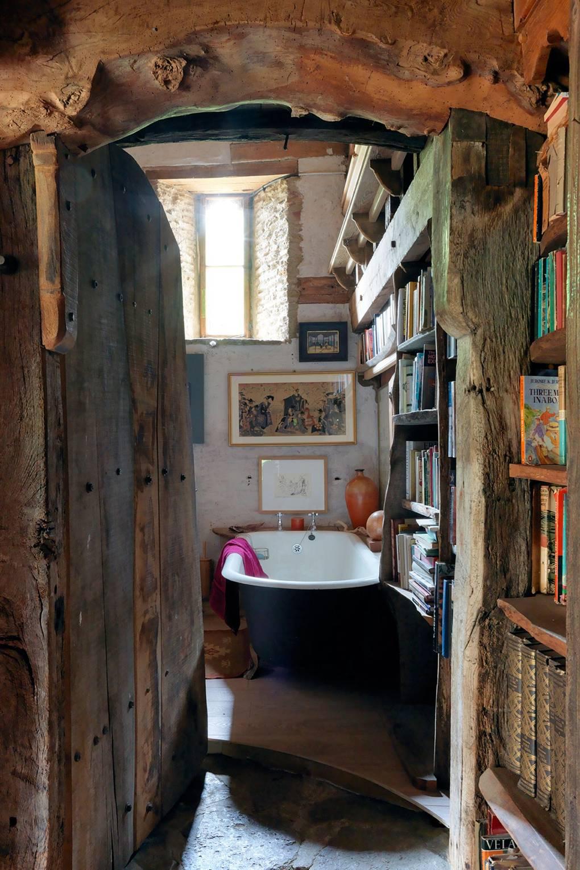 La Maison du Cimetière / Autres (le Cimetière) Simon-Brown-house-10dec14_pr_b